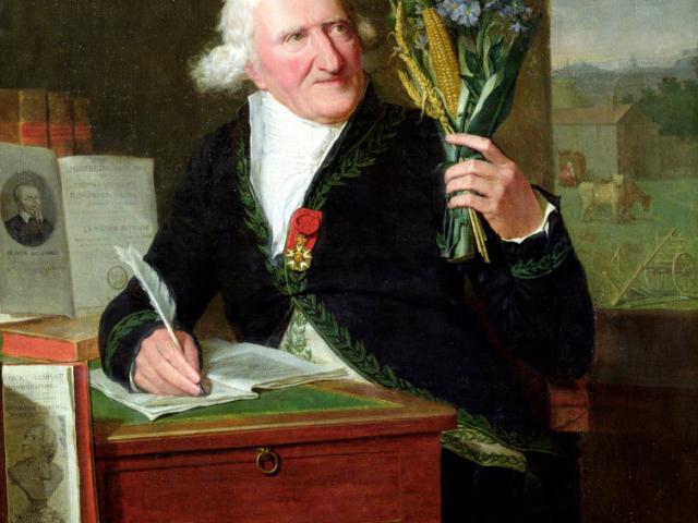 Antoine Parmentier avec le Théâtre sur son bureau