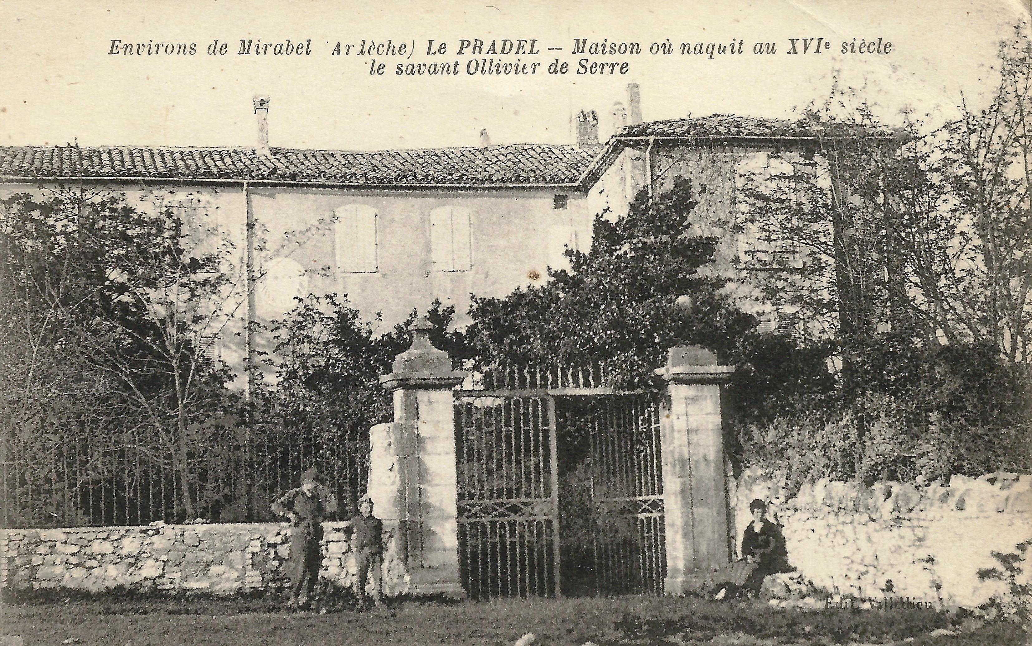 Cour d'honneur de la bastide