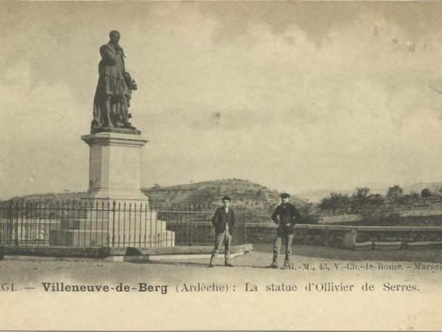 Statue Villeneuve de Berg